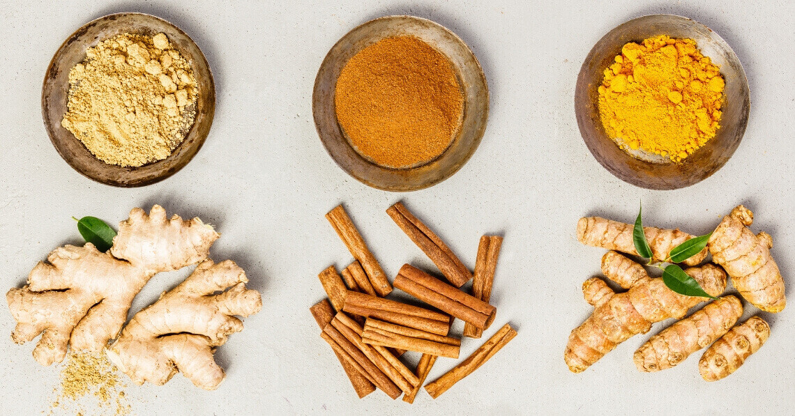 Turmeric, ginger and cinnamon aong with powders