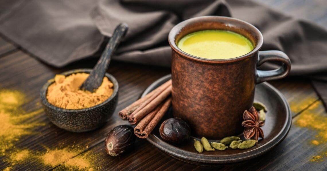Turmeric tea with cinnamon