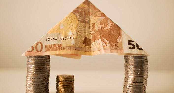 ECB Starts Roll-Back its Stimulus Programmes