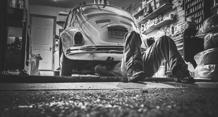Autobauer investieren in neue Technologien