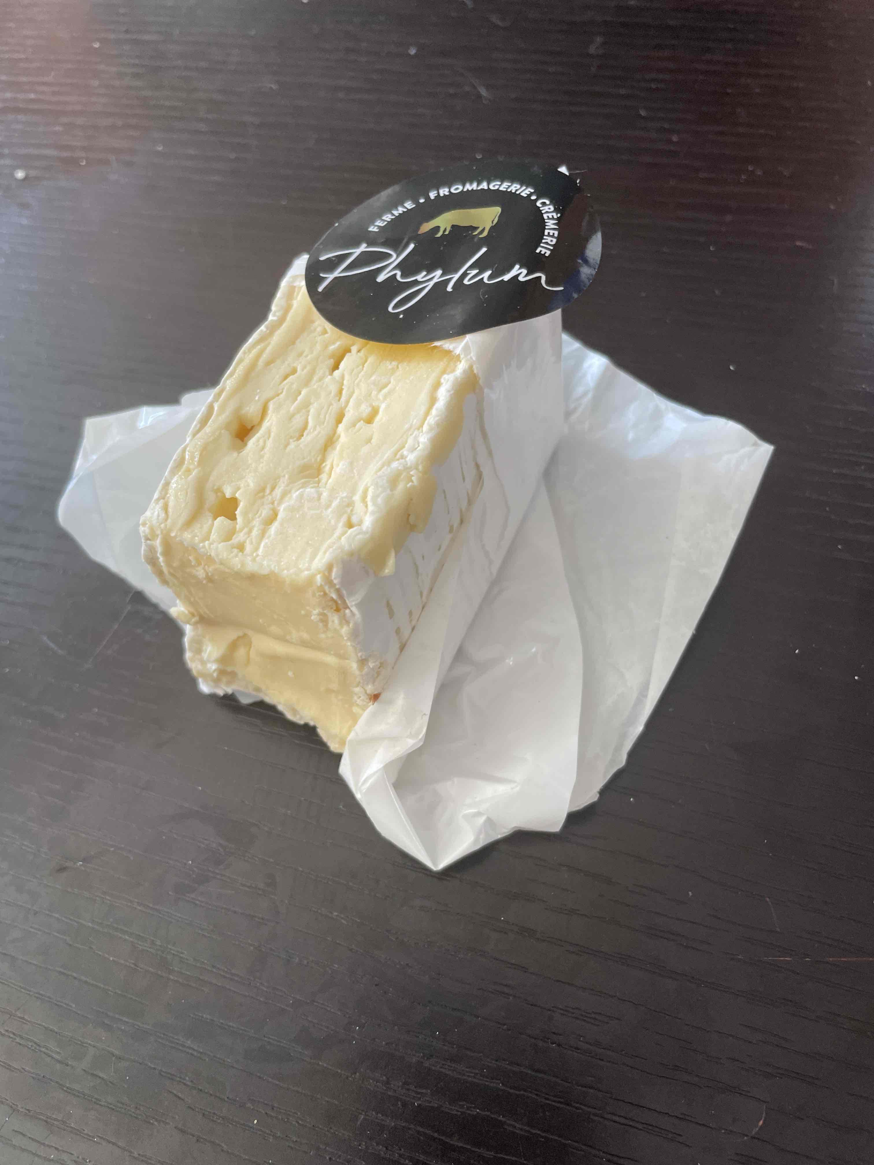 Brie fermier double crème A2