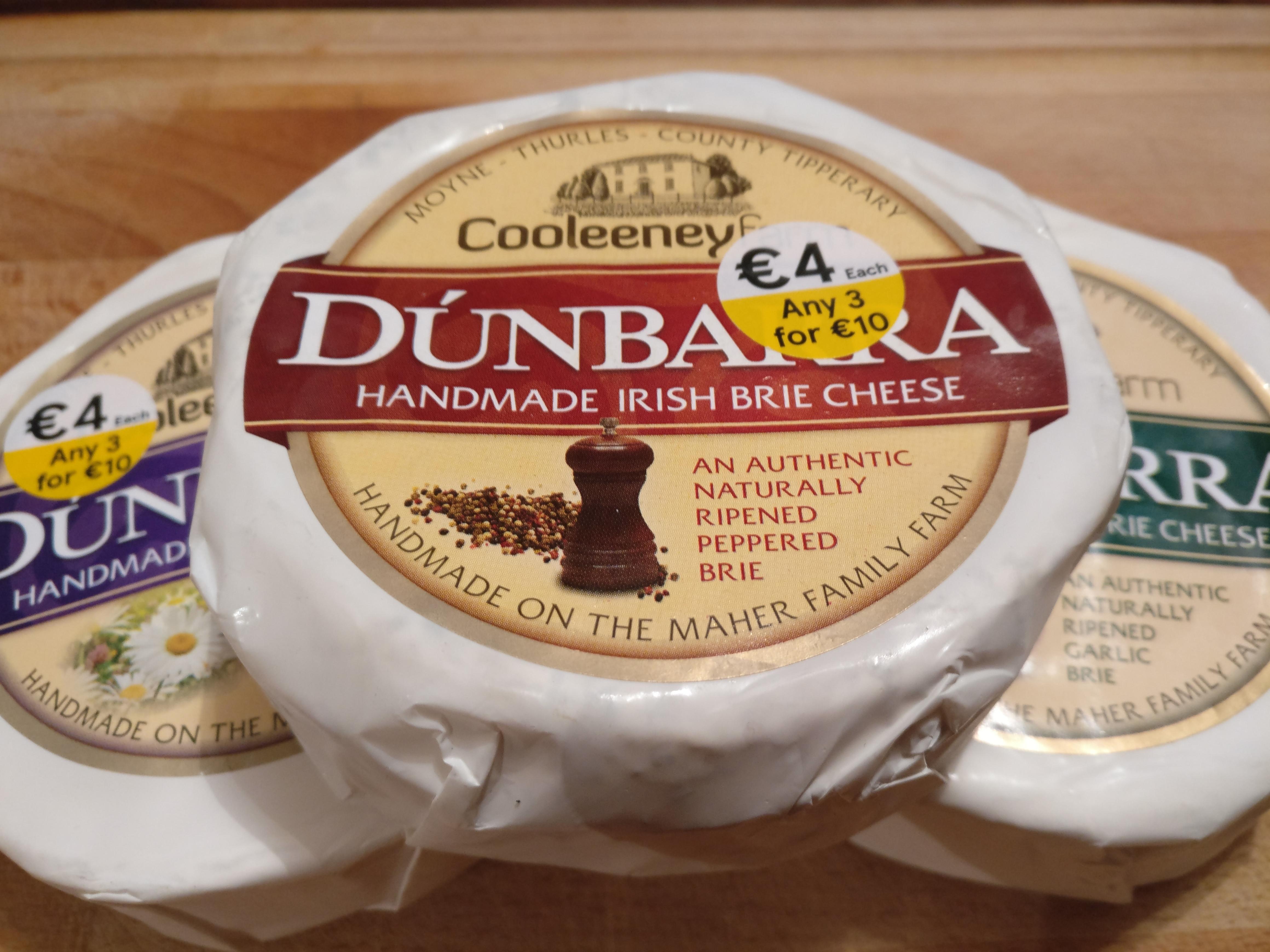 Dúnbarra - Peppered Brie