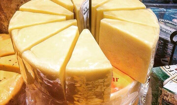 Cahill's Whiskey Cheese