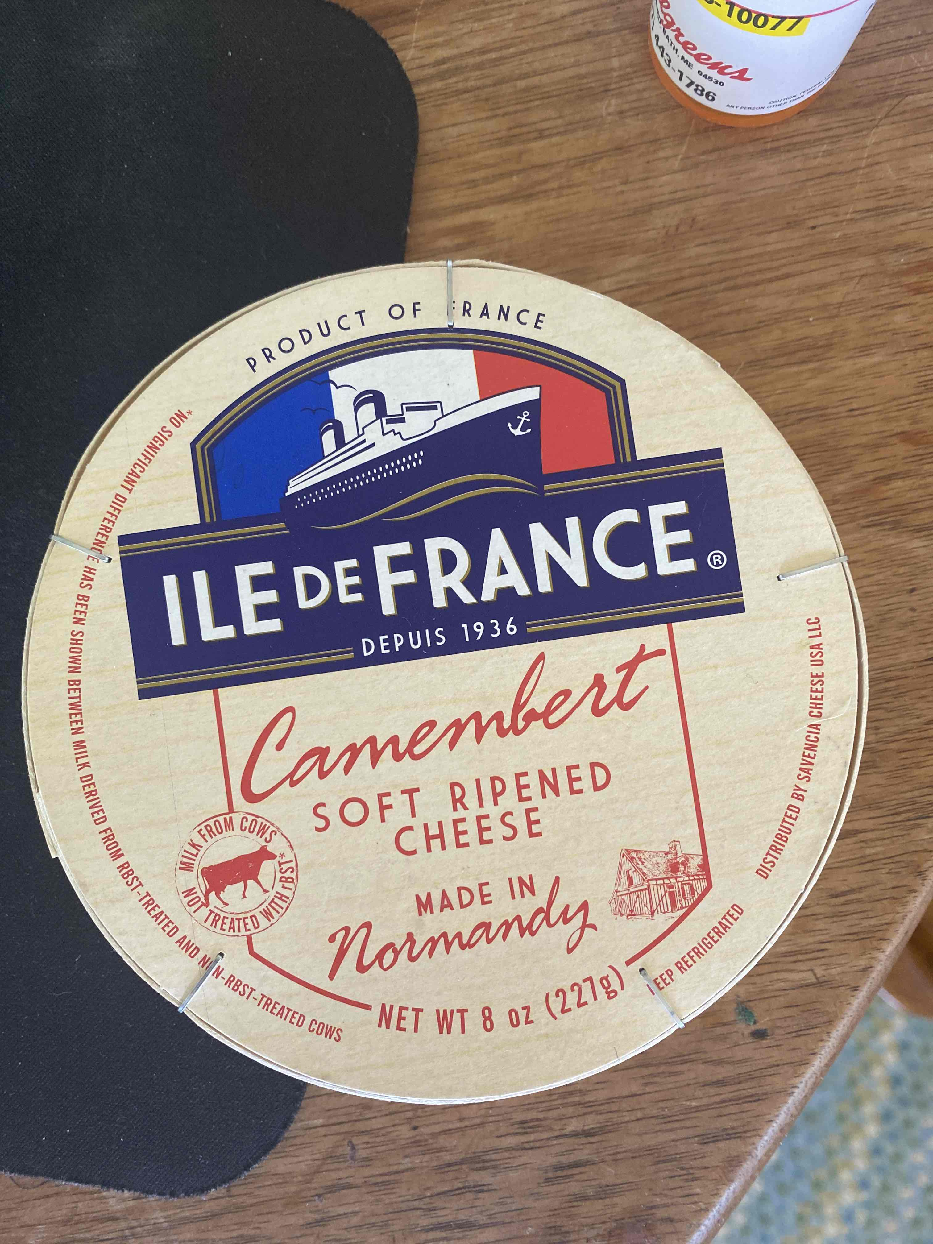 Ile de France Camembert