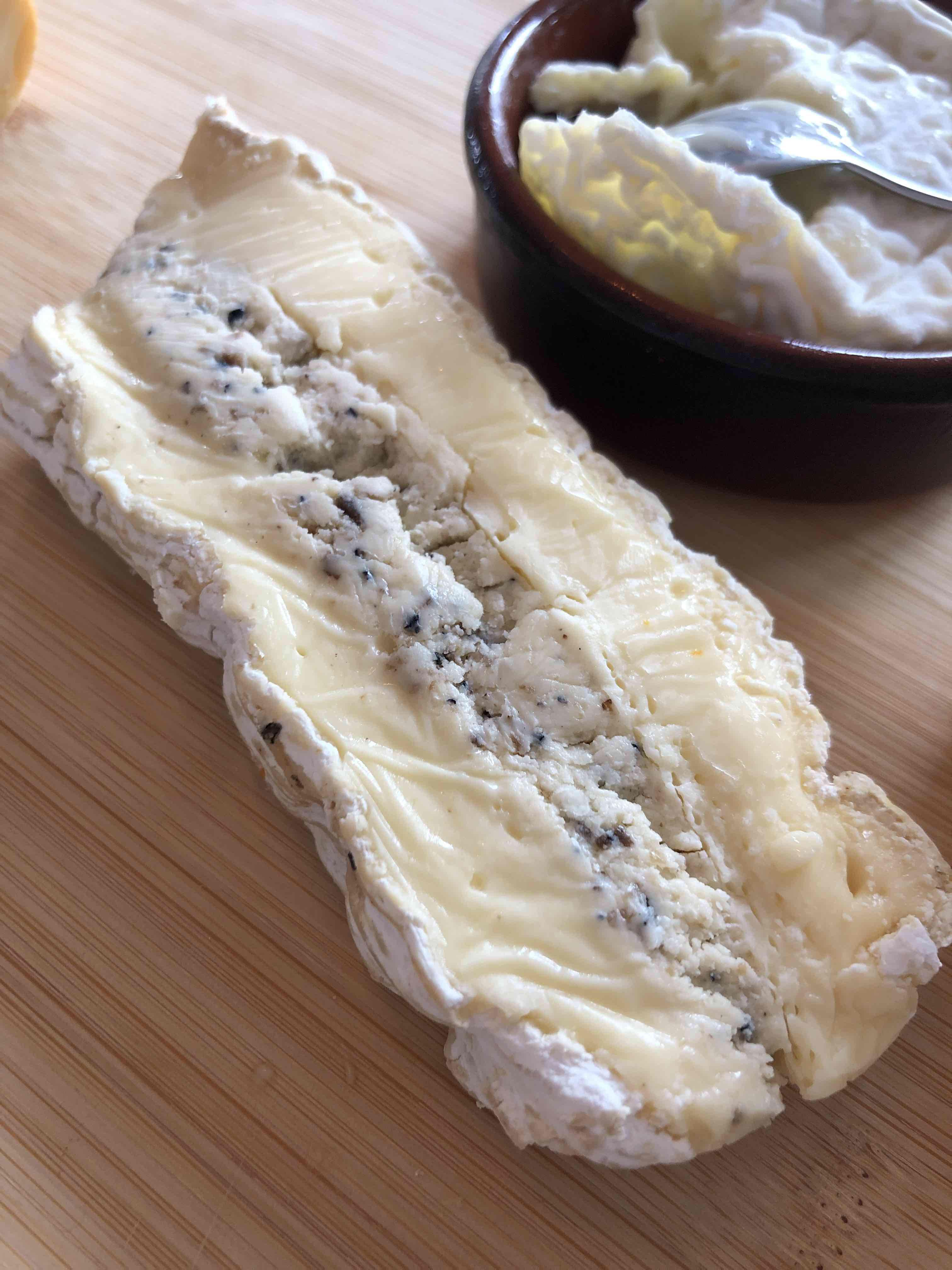 Brie de Meaux Truffle