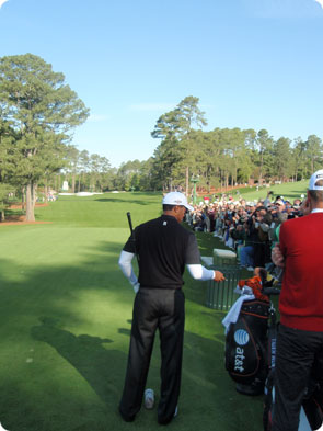 Tiger warming up for 2009 US Masters