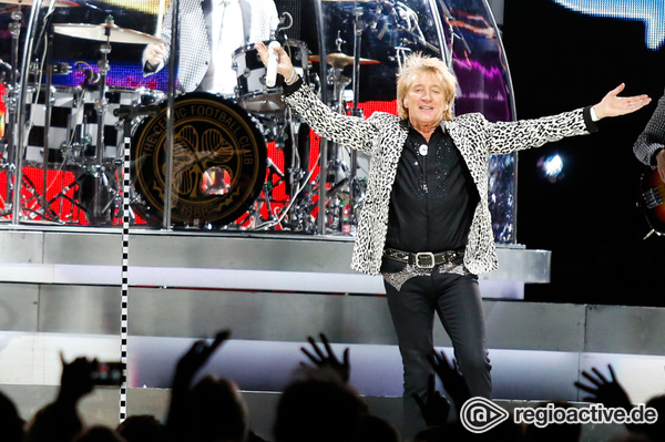 Las Vegas-Style - Rod Stewart: Fotos des Superstars live in der Schleyer-Halle in Stuttgart