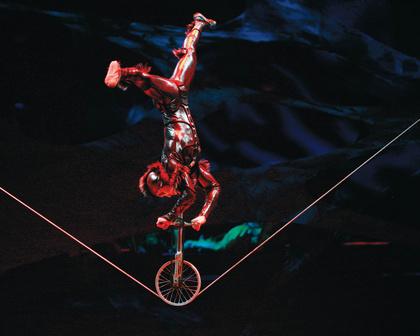 """Das große Krabbeln - Cirque du Soleils """"Ovo"""" vom 15. bis 19. November 2017 in der SAP Arena Mannheim"""