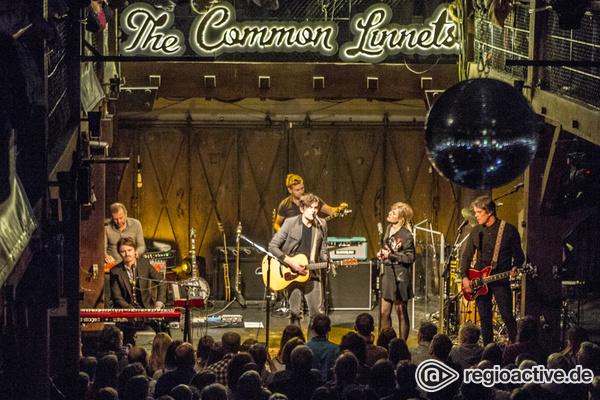 Aus allen Perspektiven - Bilder von The Common Linnets live in der Fabrik in Hamburg