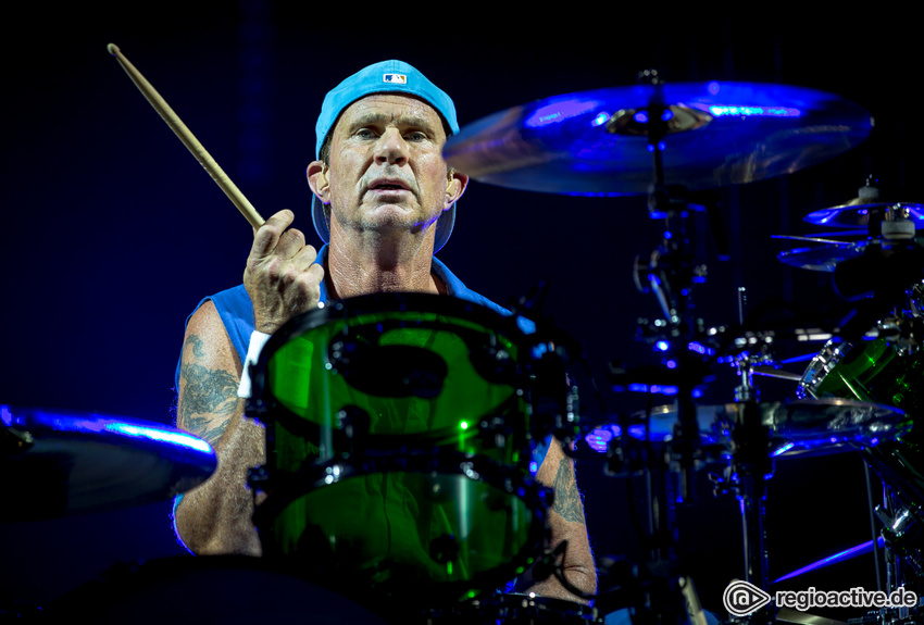 Red Hot Chili Peppers (live in Frankfurt, 2016)