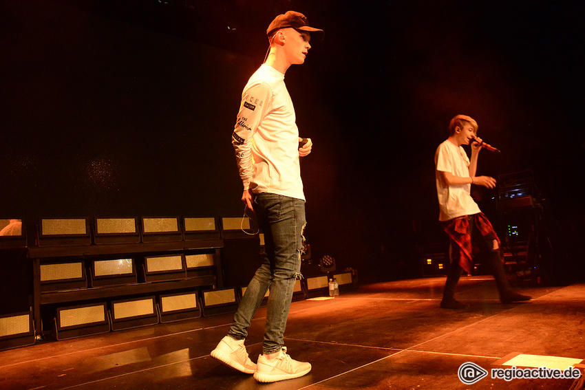 Bars and Melody (live in Heidelberg, 2016)