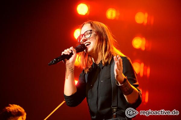 Sangeskraft - Bilder: Stefanie Heinzmann live bei der Night of the Proms 2016 in Mannheim