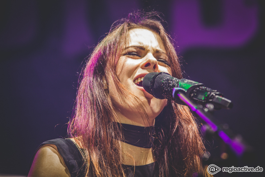 Beyond The Black (live in Frankfurt, 2016)