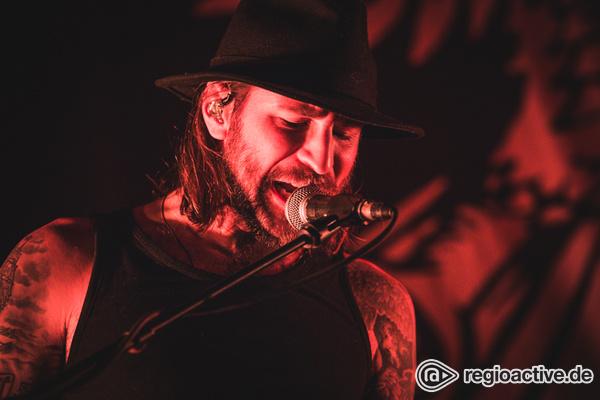 Rockig - Zum Mitgröhlen: Bilder von Monster Truck als Support von Billy Talent live in Frankfurt