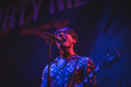 Punkrock aus Kanada - Dreckig: Fotos von The Dirty Nil als Support von Billy Talent live in Frankfurt