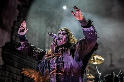 Metal Power - Wolfsgeheul: Fotos von Powerwolf live im Schlachthof Wiesbaden