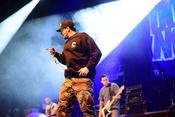 Intensive Fotos von Down To Nothing bei der EMP Persistence Tour 2017 in Wiesbaden