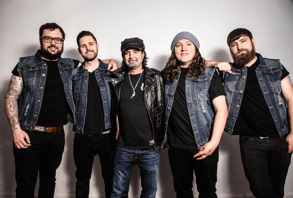 Volle Kraft - Guns N' Roses geben Support für Tour 2017 bekannt