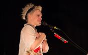Daheim: Fotos von Wallis Bird live in der Alten Feuerwache in Mannheim
