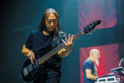 Fotos von Dream Theater live in der Mitsubishi Electric Halle in Düsseldorf