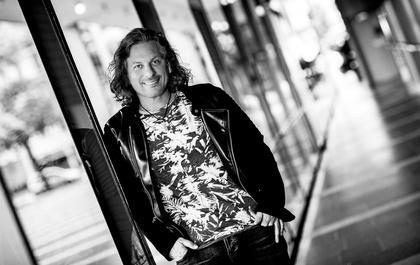 """Man muss seinen Weg selbst gehen"": Stephan Ullmann über das Leben als Profimusiker"