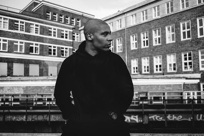 Rapper lässt es regnen - Megaloh: Fünf Zusatzkonzerte im April 2017
