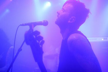 Nebelwände - Dunkle Live-Bilder von Downfall Of Gaia im Café Central in Weinheim