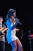 Fotos von The Retrosettes als Vorgruppe von Lindsey Stirling live in Hamburg