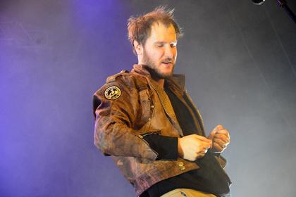 Abruptes Ende - Wanda: Sänger kollabiert wegen Stromschlag, Konzert in Mannheim abgebrochen (Update!)