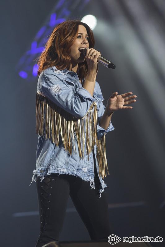 Vanessa Mai (live in Mannheim, SWR4 Schlagernacht, 2017)