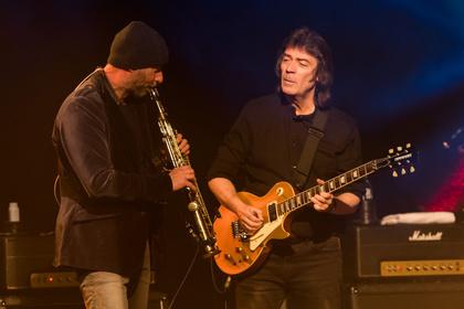 Prog-Gitarrist - Auf ewig Genesis: Fotos von Steve Hackett live im Haus Leipzig