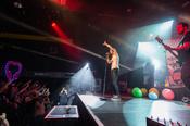 Seite an Seite: Live-Fotos von Christina Stürmer in der Batschkapp in Frankfurt