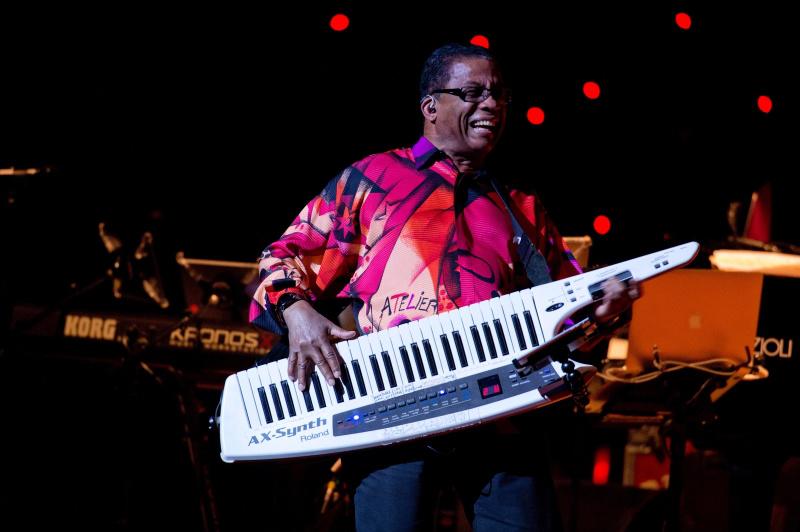60 Jahre Erfahrung - Jazz-Legende Herbie Hancock spielt 2017 fünf Mal in Deutschland