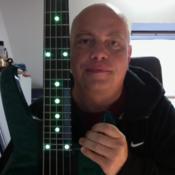 Bassist sucht Band oder Mitmusiker (Sänger/in, Gitarrist/in, Keyboarder/in)