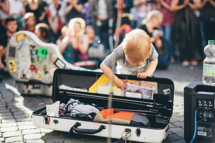 Straßenmusik in und um Deutschland: Das ideale Busking-Equipment
