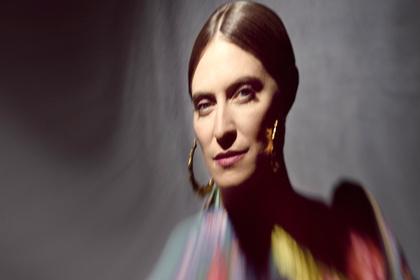 Neue Songs im Gepäck - Feist kommt im Sommer 2017 für drei Konzerte nach Deutschland