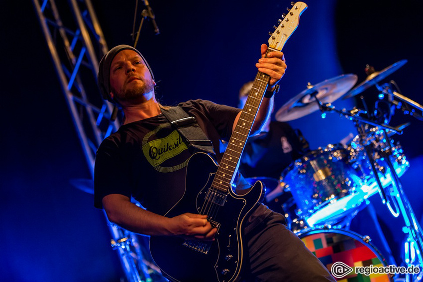 Fotos: FLOOD (live bei NewcomerTV in Oberursel 2017)