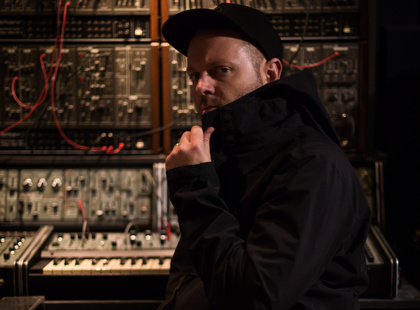 """Entfernt vom """"Sample-Guy"""" - DJ Shadow spielt im Herbst 2017 in Berlin, München, Wien und Mannheim"""