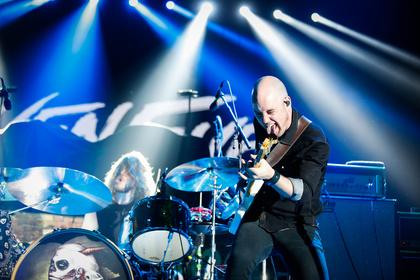 Raben-Rock - Live-Fotos von Raven Eye als Support von KISS in Frankfurt