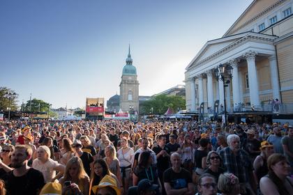 Mitten in der Stadt - Das Schlossgrabenfest 2019 in Darmstadt gibt weitere Top-Acts bekannt