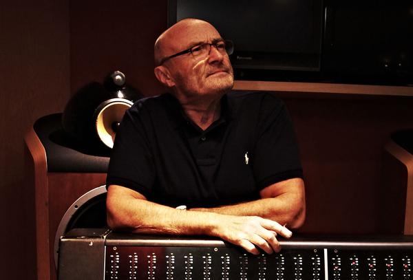 Pure Lebensfreude - Phil Collins zündet in der Mercedes-Benz Arena Stuttgart ein Hit-Feuerwerk