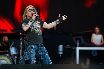 Paradiesisch gut - Live-Video: Dave Grohl rockt zusammen mit Guns 'N Roses in Oklahoma