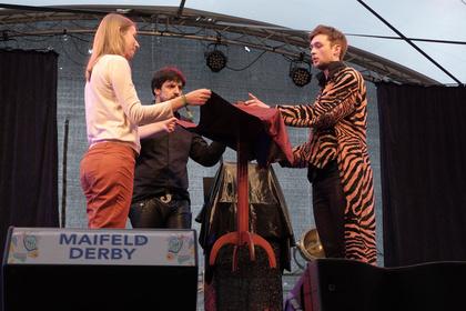 Hokus-Pokus - Maifeld-Zauber: Siegfried & Joy live auf dem Maifeld Derby 2017