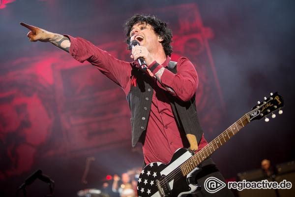 """Dreierpack - Green Day kündigen Album und """"Hella Mega Worldtour"""" 2020 an"""