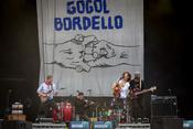 Vagabunden: Live-Fotos von Gogol Bordello beim Southside Festival 2017