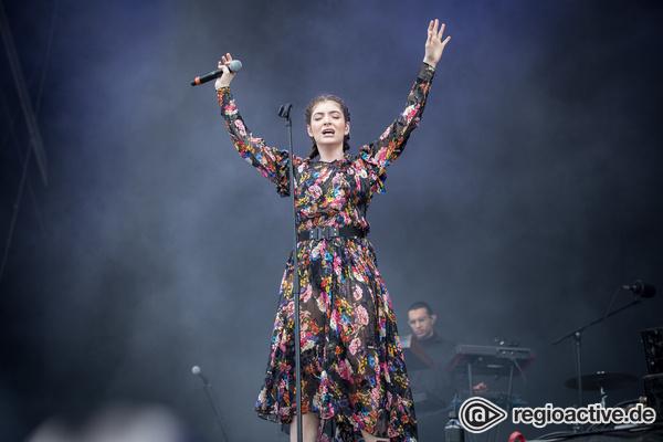 Alles nur geklaut? - Sängerin Lorde wirft Kanye West und Kid Cudi Diebstahl ihres Bühnendesigns vor