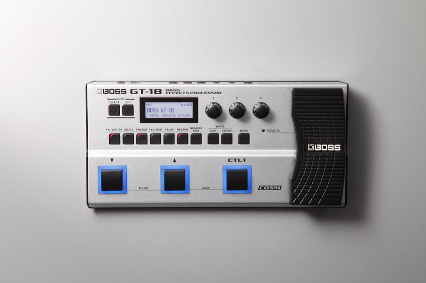 Neue Effekte und batteriebetriebener Amp: Roland präsentiert neues Gear für Gitarristen und Bassisten
