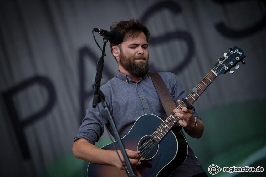 Ein Mann und seine Gitarre - Live-Fotos: Passenger beim Southside Festival 2017