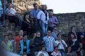 Gut aufgelegt: Live-Fotos von Gregor Meyle beim Burgsommer Neuleiningen