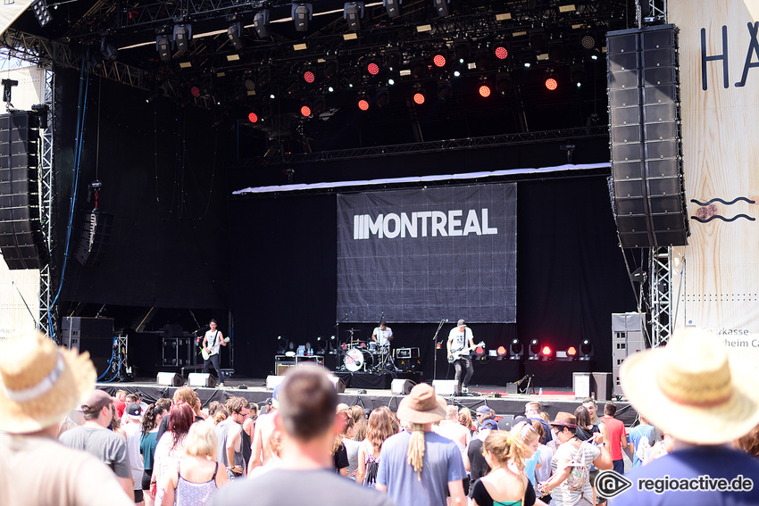 Montreal (live beim Happiness Festival, 2017)